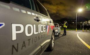 Des policiers de Toulouse, lors d'un contrôle du couvre-feu. Illustration.