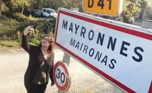 A Mayronnes (Aude), il n'y a aucune couverture réseau mobile. Hormis au panneau d'entrée du village, où ça capte un peu...