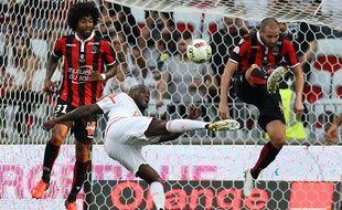 Michaël Ciani et les Lorientais retrouveront les Niçois Dante et Mathieu Bodmer, début janvier.