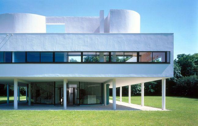 La villa Savoye est l'ultime œuvre de la période dite des villas blanches du Corbusier.