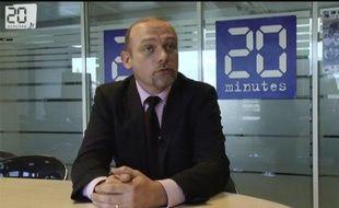 Frédéric Nihous, représentant du parti Chasse pêche nature et traditions (CPNT), candidat à l'élection présidentielle de 2012, dans les locaux de 20 Minutes à Paris, le 15 décembre 2011.