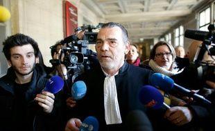 Frank Berton, l'avocat de Salah Abdeslam au tribunal de Paris, le 27 avril 2016
