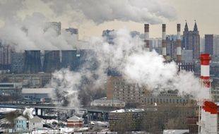 Etancher la soif d'énergie de bientôt neuf milliards d'habitants, à un coût supportable et sans aggraver le dérèglement du climat: c'est l'équation plus délicate que jamais que doivent résoudre les politiques énergétiques à travers le monde.