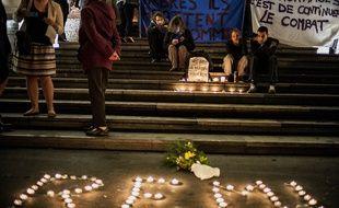 Des bougies à la mémoire de Rémi Fraisse à Lyon, le 29 octobre 2014.