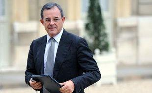 Thierry Mariani, secrétaire d'Etat aux Transports, au Conseil des ministres le 17 novembre 2010.