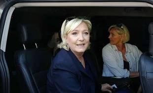 La présidente du FN Marine Le Pen à Henin-Beaumont, le 18 juin 2017, pour le second tour des législatives