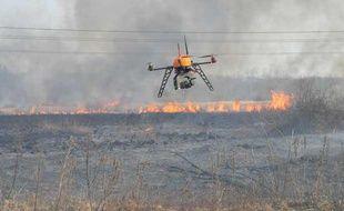 Le drone Scan-Copter, de l'entreprise Fly-n-Sense, en intervention sur un feu de forêt dans les Landes