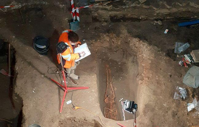 Fouilles archéologiques de l'INRAP Grand-Est dans l'église Saint-Guillaume à Strasbourg. Septembre 2020.