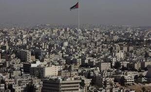 """Quelque 500 personnes se sont rassemblées à Amman lors d'une manifestation baptisée """"un vendredi pour la liberté de la presse"""", dénonçant des dispositions répressives contre les médias et réclamant des réformes globales, selon un journaliste de l'AFP."""