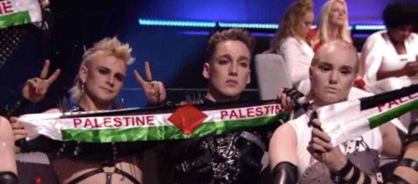 Le groupe islandais a brandi des banderoles aux couleurs du drapeau palestinien.