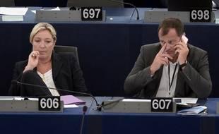 Marine Le Pen et Louis Aliot en 2014 au Parlement européen.