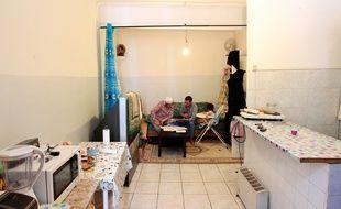 Marseille le 9 avril 2013 - Une famille vit dans un logement insalubre dans le centre ville et demande depuis 2007 à être relogée en vain