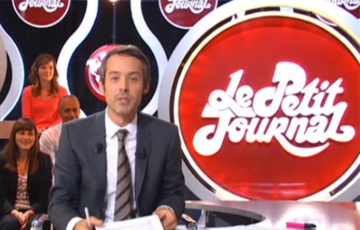 Le présentateur Yann Barthès dans le Petit Journal de Canal Plus du lundi 29 août 2011. – CAPTURE D'ECRAN/20MINUTES.FR