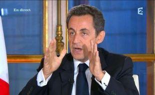 """La réforme de la dépendance, promesse de campagne de Nicolas Sarkozy en 2007, sera effective en 2012, a assuré mardi le président, en annonçant l'ouverture d'une """"grande consultation"""" durant six mois pour des """"décisions à l'été 2011""""."""