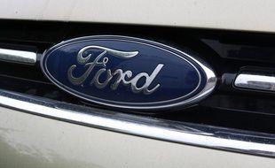 Le logo du constructeur Ford.