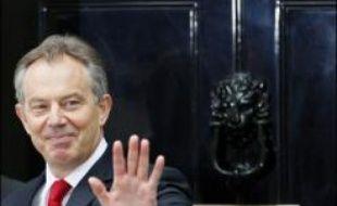 Le rideau est finalement tombé mercredi pour Tony Blair qui, après avoir été le Premier ministre britannique pendant dix ans, devait passer la main dans l'après-midi à son ministre des Finances Gordon Brown.