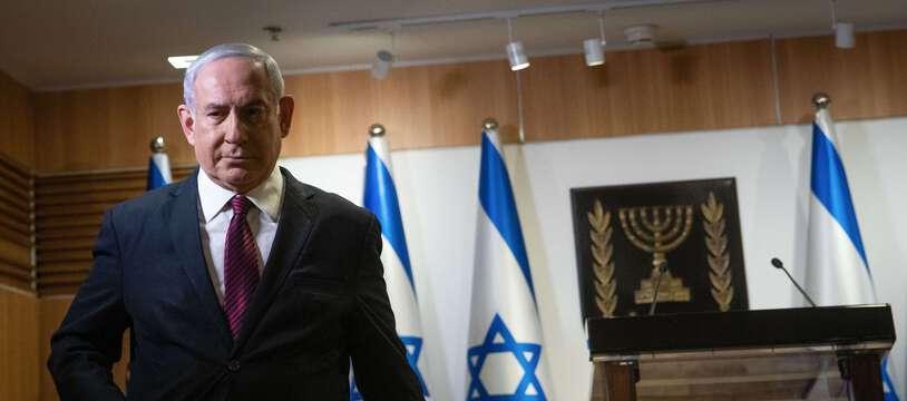 Le Premier ministre israélien, Benyamin Netanyahou, dans une salle du Parlement à Jérusalem le 22 décembre 2020.