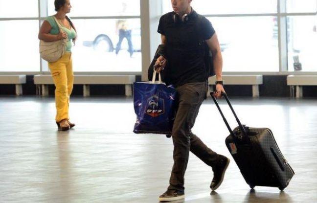 Entre ses insultes adressées aux médias, son rôle contesté sur le terrain et sa place singulière dans le groupe, Samir Nasri a été au centre de nombreuses polémiques durant l'Euro-2012, mettant à mal par son comportement l'entreprise de restauration de l'image de l'équipe de France.