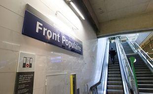 Le 18 decembre 2012,  la ligne 12 fêtait son premier prolongement jusqu'à l'arrêt Front Populaire. La deuxième phase devait suivre pour 2017. Cela sera finalement en 2019.