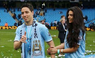 Samir Nasri et Anara Atanes lors du sacre de Manchester City, le 11 Mai 2014