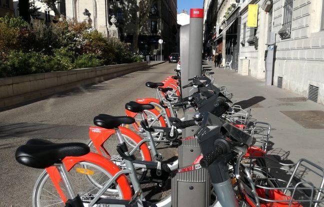Lyon: Plus d'un quart de la flotte Vélo'V hors service, quelles mesures contre le vandalisme?