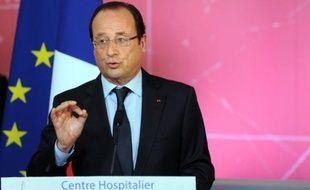 Le président François Hollande a déclaré lundi envisager un projet de loi sur la fin de vie d'ici à la fin de l'année après un débat public, souhaité par le Comité consultatif d'éthique (CCNE).