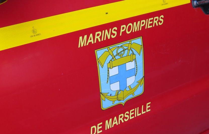 Marseille: Malgré une grave blessure, il s'empare du couteau de son agresseur et le blesse à son tour