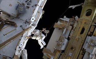 L'astronaute Thomas Pesquet le 25 mars 2017 lors d'une sortie dans l'espace.