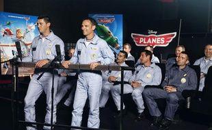 Des pilotes de la Patrouille de France enregistrent des voix de Planes, dessin animé de Disney