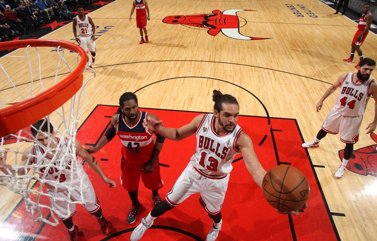 le Français des Chicago Bulls Joakim Noah, le 11 janvier 2016. – Gary Dineen / NBAE / Getty Images / AFP