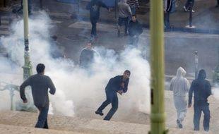Des supporters marseillais ont été condamnés pour jets de projectiles sur des policiers le jour du report d'OM-PSG, le 25 octobre 2009