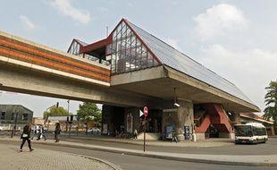 La station de métro lillois CHR Oscar Lambret à Lille.