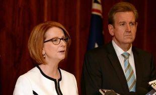 Le Premier ministre australien Julia Gillard, dont la formation travailliste est donnée largement perdante lors des élections parlementaires de septembre, a convoqué pour mercredi soir les députés de son parti pour un vote de confiance.