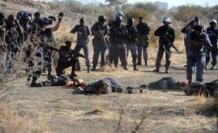 Une commission d'enquête nommée par le président Jacob Zuma sur le massacre de 34 mineurs par la police le 16 août à Marikana, a officiellement débuté son travail lundi matin.