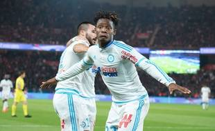 OM's player Michy Batshuayi celebrates his goal during the French L1 football match between PSG and Olympique de Marseille at the Parc des Princes in Paris, FRANCE-04/10/2015.  /NIVIERE_108NIV/Credit:NIVIERE/SIPA/1510050542