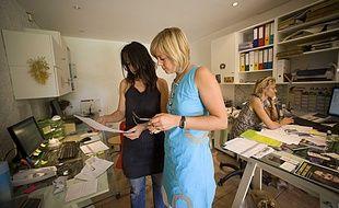La reprise d'une entreprise dans le secteur de l'artisanat se prépare et demande une organisation rigoureuse.