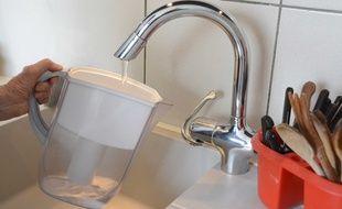 Une carafe utilisée pour filtrer l'eau du robinet (illustration)