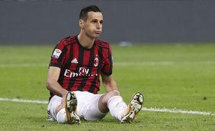 L'attaquant du Milan AC Nikola Kalinic lors d'un match de Serie A contre la Juventus Turin, le 28 octobre 2017 à San Siro.