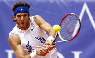 Le joueur de tennis argentin Juan martin Del Potro, vainqueur le 20 juillet 2008 du tournoi de Kitzbühl, en finale face à l'Autrichien Jürgen Melzer.