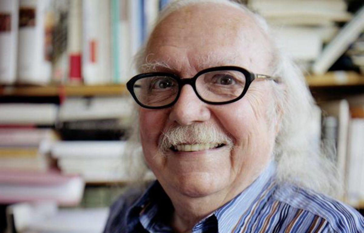 Le linguiste Alain Rey en 2002 –