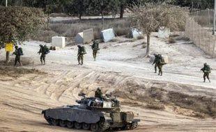 Des soldats israéliens près de la frontière avec Gaza, le 4 août 2014