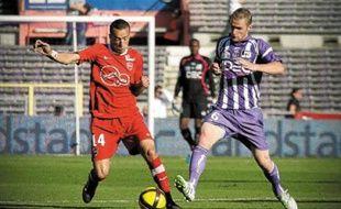 Antoine Devaux intéresse notamment Valenciennes, où évolue Foued Kadir (numéro14).