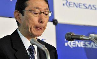Le fabricant japonais de semi-conducteurs Renesas Electronics, récemment secouru par un fond public, a annoncé jeudi préparer un plan de départs volontaires portant sur 3.000 à 4.000 personnes au Japon, énième étape de son lent processus de redressement.