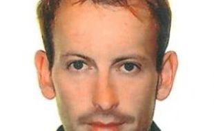 Gilles Jacquier (à g.), journaliste de France2, a été tué par des tirs de mortier, hier à Homs (à dr.).