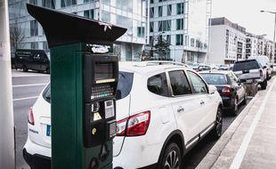 Vous en avez assez des factures de parcmètre ? Particuliers et entreprises mettent à votre disposition leurs places de parking !