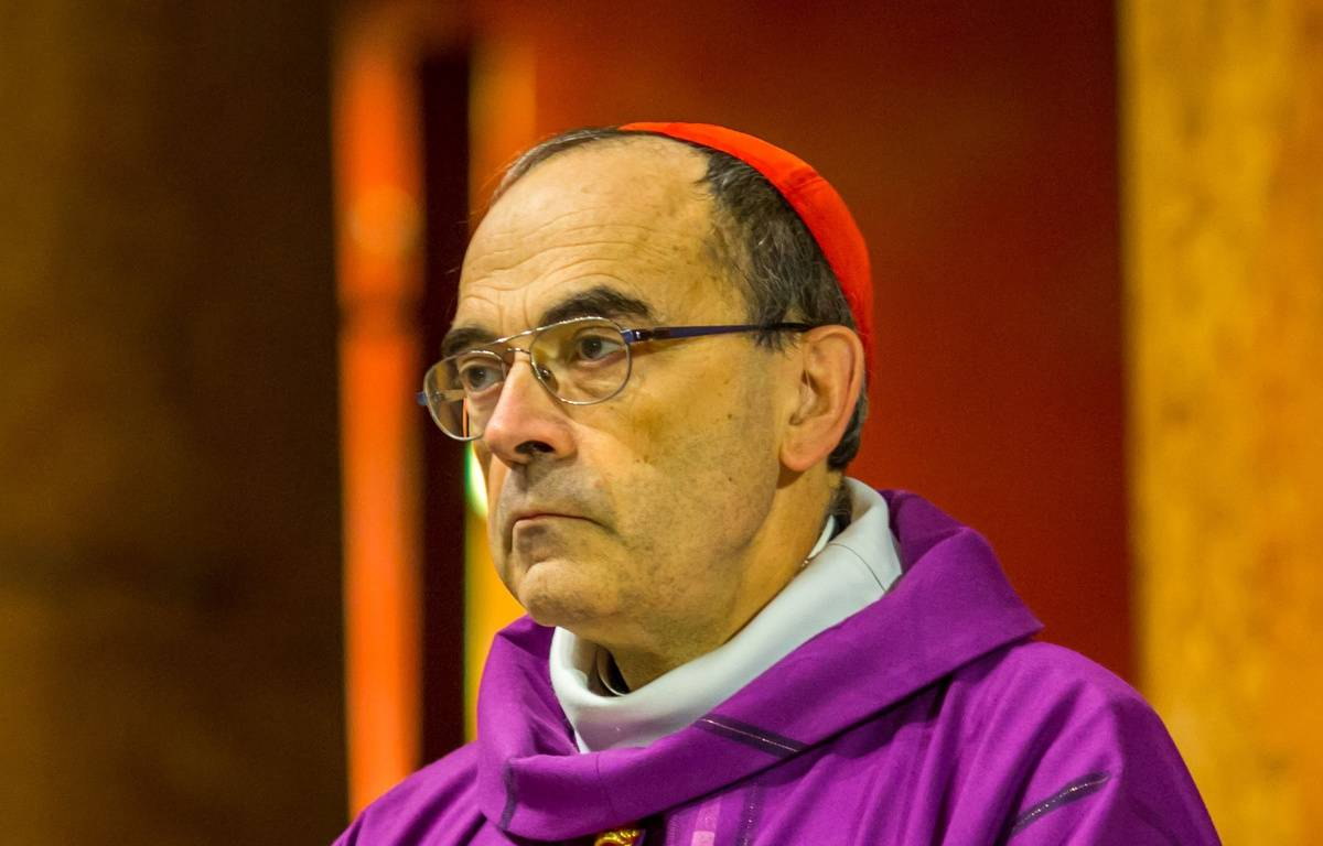 Le cardinal Philippe Barbarin, à Lyon, le 28 novembre 2015. – KONRAD K./SIPA