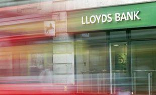 Une succursale de la banque britannique Lloyds Bank à Londres le 5 juin 2015
