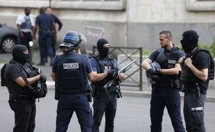 Opération de police à Argenteuil dans le Val-d'Oise, le 21 juillet 2016.