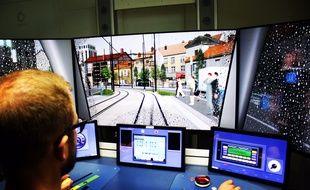 Le simulateur de conduite de tramway de Keolis, basé au centre de maintenance de Bordeaux Bastide