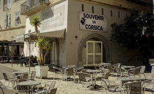 Une terrasse en Corse (illustration).